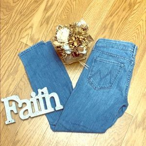 Mother the looker crop French quarter stretch jean